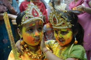 INDIA-RELIGION-FESTIVAL-HOLI