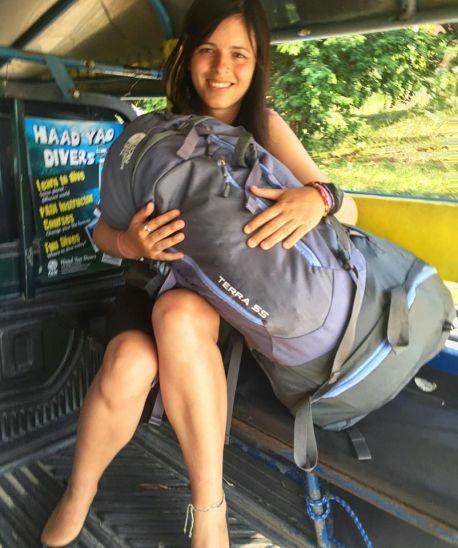 Eu e minha mochila felizes com o reencontro